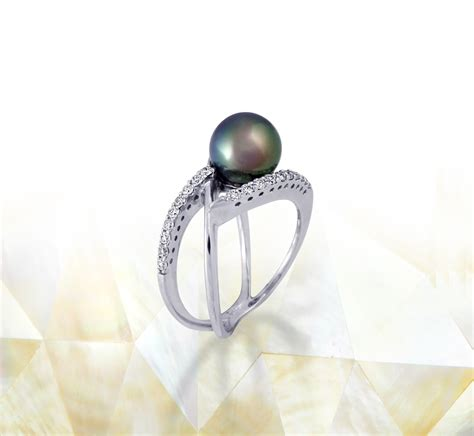 tahitian pearl ring 18k white gold with diamonds