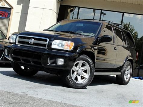 nissan pathfinder black 2004 nissan pathfinder black 200 interior and exterior