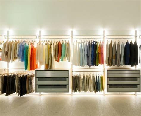 Ideen Begehbarer Kleiderschrank by Begehbarer Kleiderschrank Ein Traum Vieler Frauen