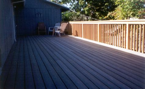 wood deck railing designs