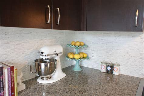 white kitchen backsplash ideas homesfeed white kitchen backsplash ideas homesfeed