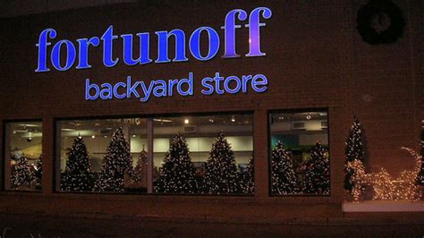 fortunoffs backyard store nyc s best christmas stores for ornaments wreaths