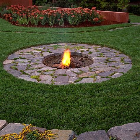 Gap Gardens Wood Burning In Firepit Northern California California Firepit