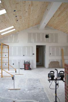 vaulting  ceiling   rancher  opening  floor