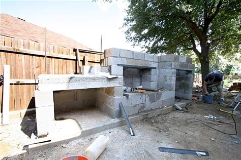 cinder block outdoor fireplace the gallery for gt how to build an outdoor fireplace with