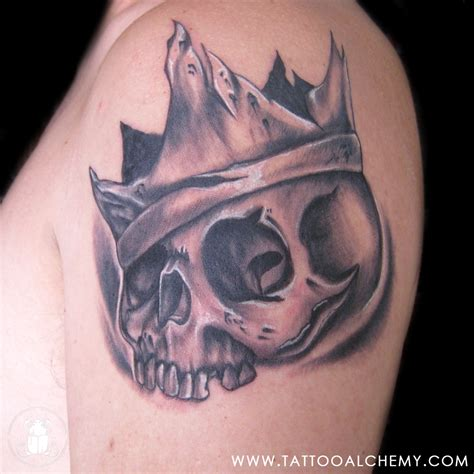 skull with crown tattoo designs skull crown on shoulder 187 ideas