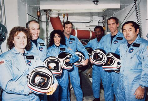 where is the challenger remembering the challenger crew nasa