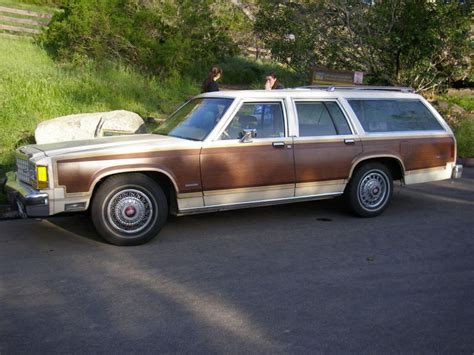 ford contry 1983 ford country squire overview cargurus