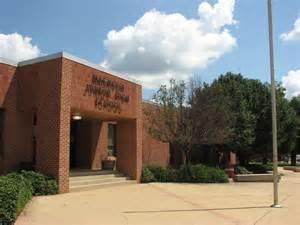 Magnolia School Panoramio Photo Of Magnolia Junior High School