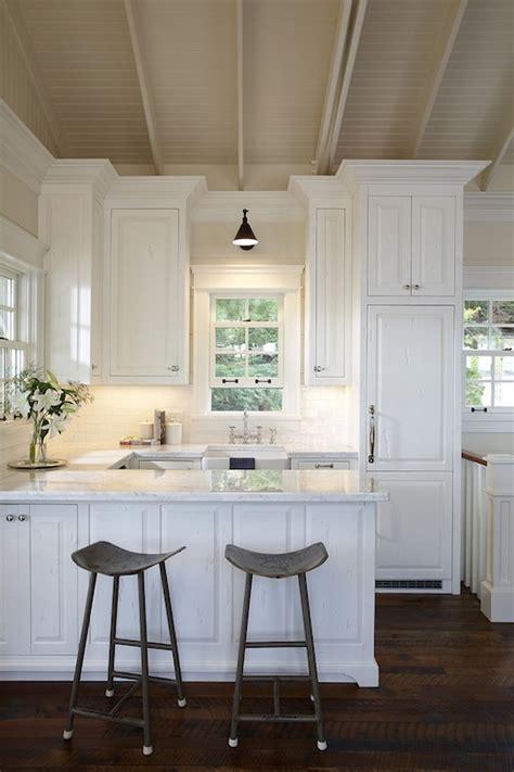 small kitchen design cottage kitchen muskoka living
