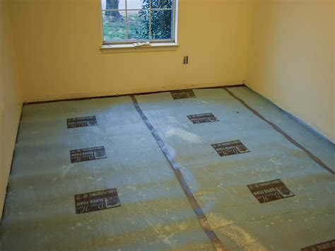 Diy Laminate Flooring Installation How To Install A Laminate Floor How Tos Diy