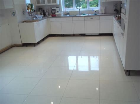 kitchen flooring tiles ideas kitchen floor tiles ideas with images
