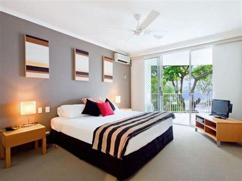 Modern Bedroom Design Idea With Carpet Balcony Using Bedroom Balcony Designs
