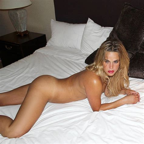 Lana Wwe C J Perry Nude Sexy Pics Scandal Planet