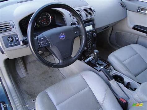 Volvo S40 2004 Interior by Beige Quartz Interior 2004 Volvo S40 T5 Photo