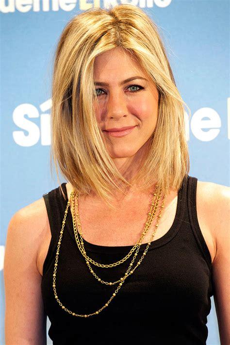 jennifer aniston blonde bob hairspiration 18x celebrity bobs en lobs om mee naar de