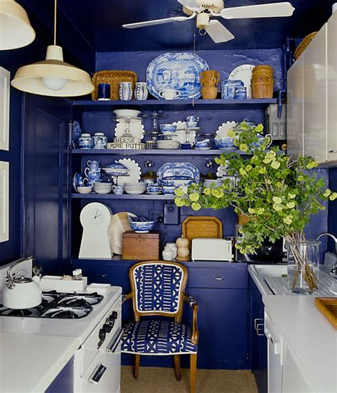 Decorating Ideas For Blue Kitchen Blue And White Kitchen Decoration Decozilla