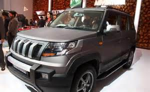 Home Interiors Celebrating Home Mahindra Tuv300 Endurance Edition Features Price In India