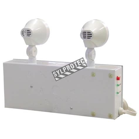 Lu Emergency 36 Watt emergency lighting unit 6 volts 36 watts with 2 led spotlights