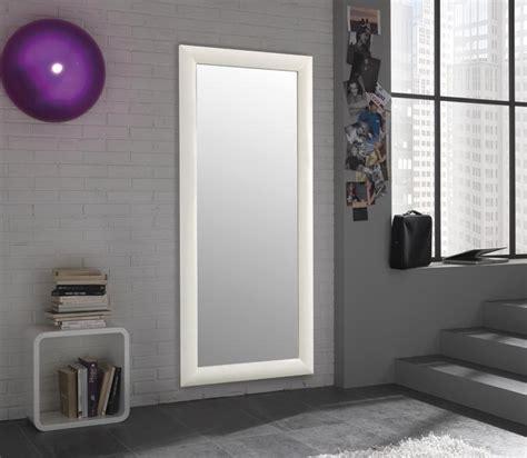 specchi grandi con cornice specchio da parete con cornice semplice moderno