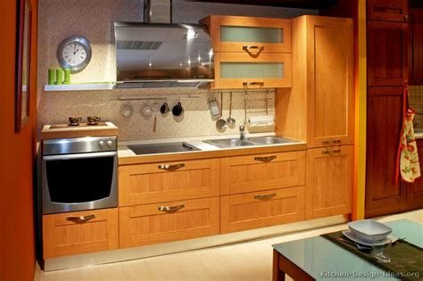 Pictures Of Kitchens Modern Light Wood Kitchen Kitchen Cabinets Light Wood