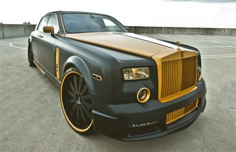 golden rolls royce rolls royce phantom golden touch whips wheels pinterest