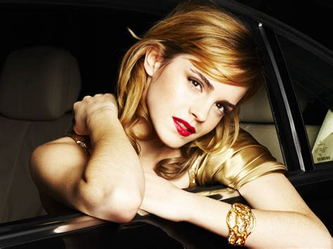 wallpaper girl gorgeous gorgeous girl emma watson wallpapers hd wallpapers id 928