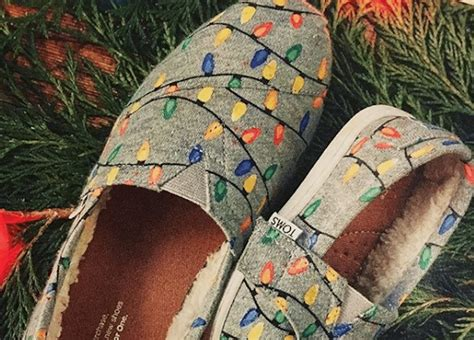 toms glow in the dark christmas light shoes light up toms shoes are perfect for the holidays simplemost