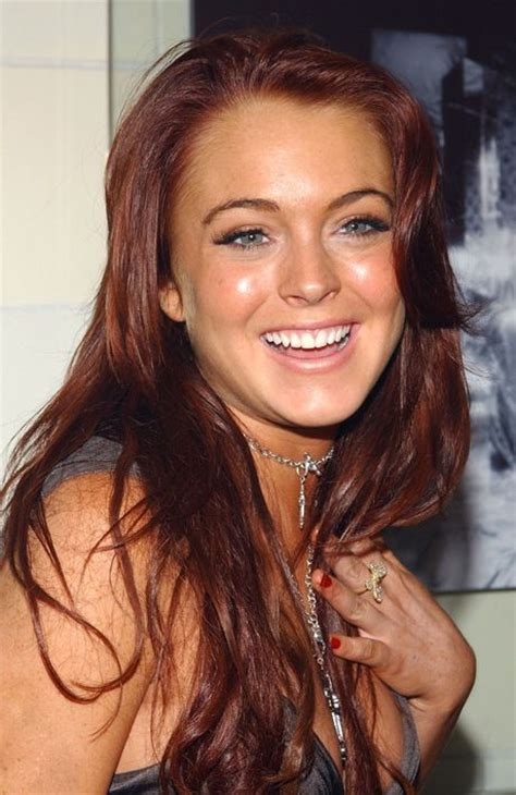 Lindsay Lohan Reads Something Familiar by 25 Best Ideas About Lindsay Lohan Hair On