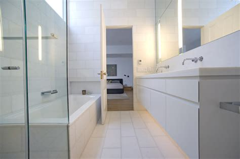 long narrow bathtub we also have a long narrow bathroom can you tell me the what tub that is