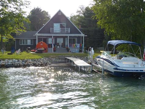 torch lake cottages weeks cottage available availability rates price