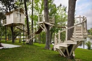 Cool Backyard Forts Gro 223 Es Baumhaus Im Eigenen Garten Tipps Und Bauhinweise