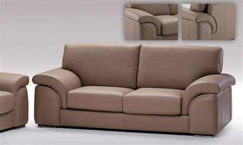 Leather Livingroom Set by Sofas Black Design Co Page 9