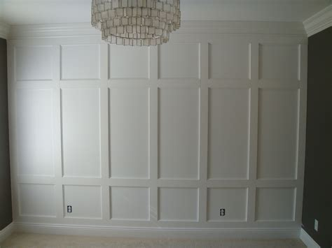Wall Wainscoting by White Wainscoting Feature Wall Diy Projects