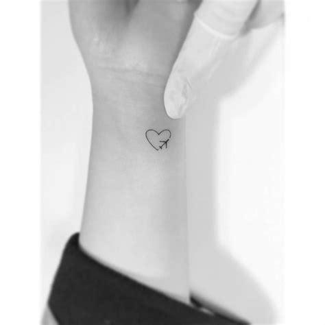 tattoo minimalist heart 4844 best mini tattoos images on pinterest tattoo ideas