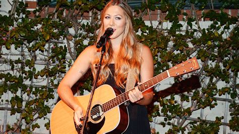 Caillat Set colbie caillat sing smelly cat at friends central perk pop up in nyc the