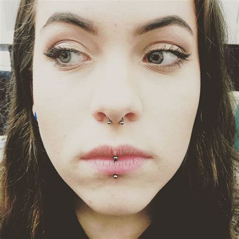 fresh vertical labret and healed septum on a great