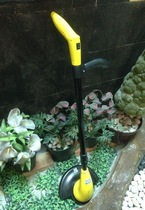 Mesin Pemotong Rumput Di Ace Hardware Jual Mesin Pemotong Rumput Tenaga Baterai Dengan Pisau