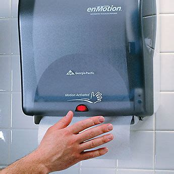 bathroom hand towel dispenser getting more paper towel from that automatic paper towel dispenser