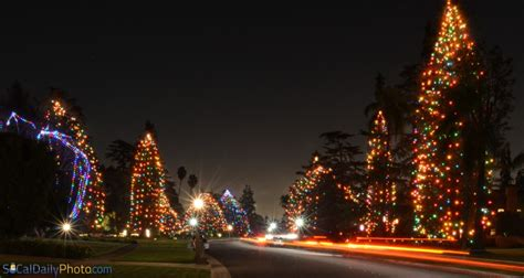 san marino xmas tree lane lights at st albans road in san marino southern california daily photo