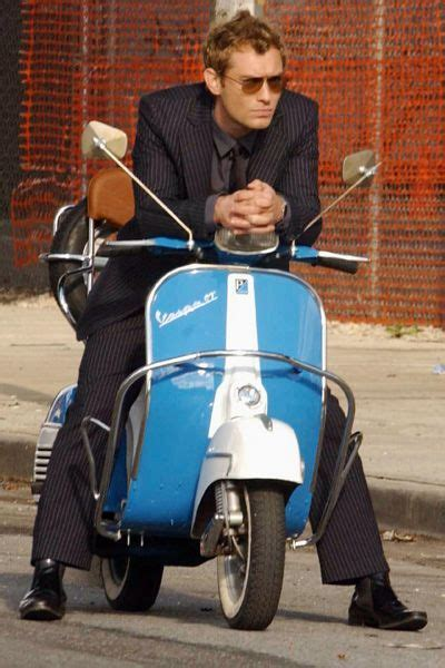 wallpaper graffiti vespa 48 best images about vespa in the movies on pinterest