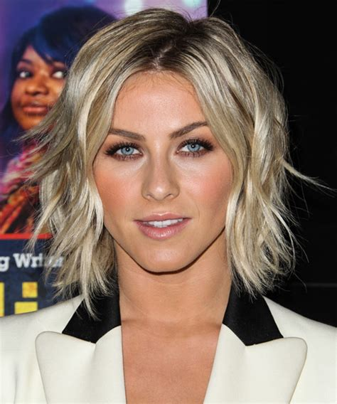 how does julienne hough style hair julianne hough medium straight casual hairstyle