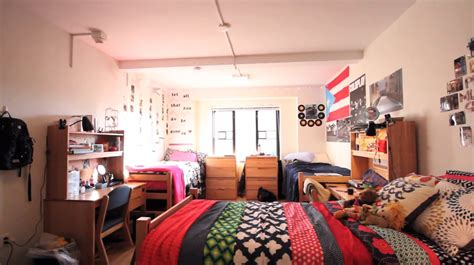Nyu Tech Mba 1 Year Program by The Pros And Cons Of Nyu S Freshman Dorms Cus