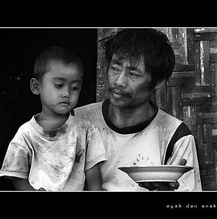 foto kasih sayang  ayah  anaknya
