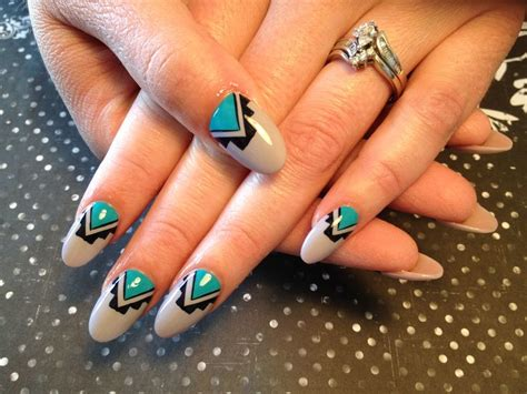nail art tutorial in hindi native american nail art hair and nails pinterest