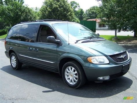 2002 Chrysler Town And Country by Onyx Green Pearlcoat 2002 Chrysler Town Country Lxi