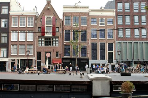 anne frank house anne frank house the anne frank hideout in amsterdam traveldigg com