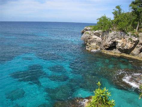 catcha falling gardens jamaican coastline near catcha picture of catcha falling