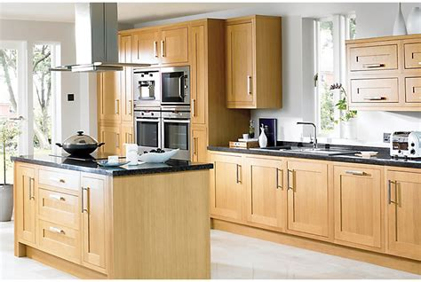 cooke and lewis kitchen cabinets cooke lewis kitchens kitchen rooms diy at b q