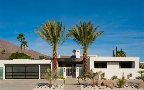 garage doors palm springs clopay 174 garage doors selected for modernism week show